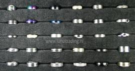Diverse RVS ringen 30 stuks 1069