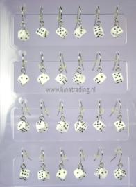 125  Display  oorhangers 12 paar    dobbelsteen