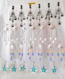 60 paar luxe oorbellen op grote display