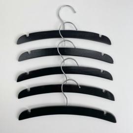 Set van 5 kledinghangers Zwart