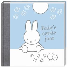 Nijntje boek Baby's eerste jaar