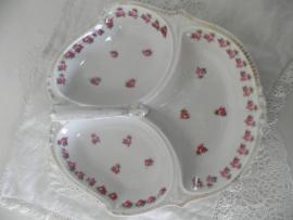 Porseleinen schaal met 3 vakken en bloemmotief