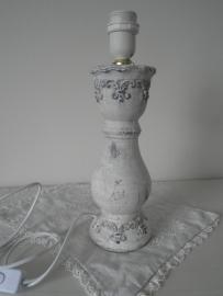 Stenen lampenpoot met krulmotief VERKOCHT