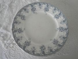 3 Brocante oude borden met blauw motief VERKOCHT