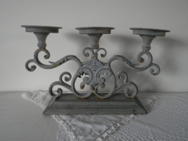 IJzeren decoratieve kaarskandelaar voor 3 kaarsen