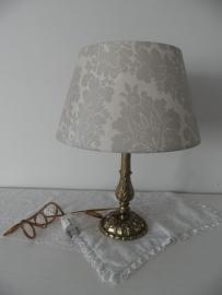 Beige lampenkapje met motief en goud lampenpootje