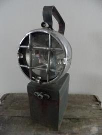 Oude ijzeren industriële handlamp VERKOCHT