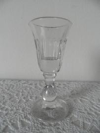 Glazen borrelglaasje