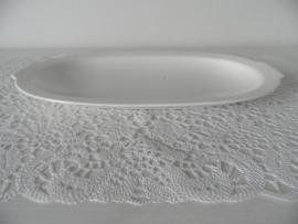 Ovaal schaaltje van Spinhx van Petrus Regout