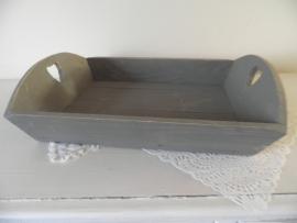 Grijs houten dienblad met hartjes handvatten