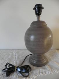 Bolle bruine houten lampenpoot VERKOCHT