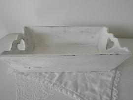 Wit houten bakje met hartjes handvatten VERKOCHT