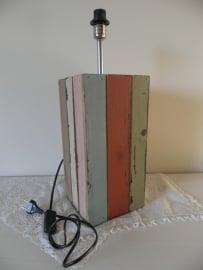 Gekleurde houten lampenpoot VERKOCHT