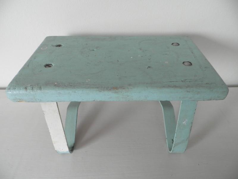 Uitgelezene Klein mintgroen houten voetenbankje VERKOCHT | UITVERKOCHT | Stijl OA-48
