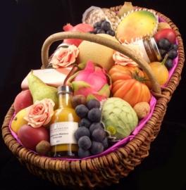 Fruitmand XL: 'Fruit & delicatessen'