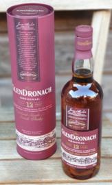 Vitamine W & fruit met een fles  Glendronach Whisky 0,7L.
