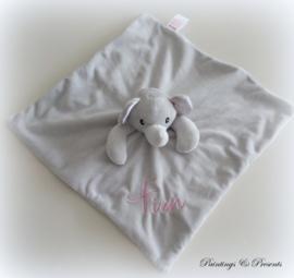 Knuffeldoekje olifant grijs met kleur naar wens naam geborduurd