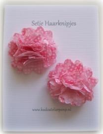 Haarknip roze bloem met witte stipjes (2 stuks)