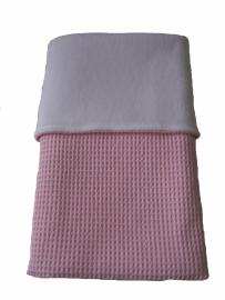 Wiegdeken 75 x 100 cm zacht roze wafelstof/ wit fleece