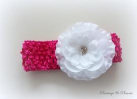 babyhaarbandje fel roze/fuchsia gehaakt met witte bloem/strass