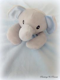 Knuffeldoekje olifant grijs/zwart/ licht blauw met naam geborduurd