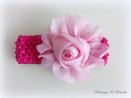 babyhaarbandje fel roze/fuchsia gehaakt met roze roos