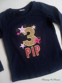 Donkerblauw verjaardagsshirt/ longsleeve met cijfer en naam roze goud glitter en sterren