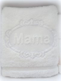 Luxe handdoek 50 x 100 cm wit met embossing borduring mama 'moederdagcadeau'