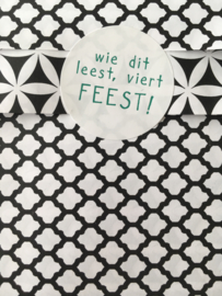 Stickers wie dit leest viert feest - Groen