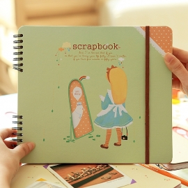 Scrapbook Alice and the mirror
