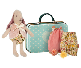 Maileg MICRO BUNNY W. 2 SETS OF CLOTHES