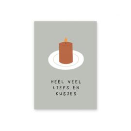 """Leonie van der Laan kaart """"Heel veel liefs en kusjes"""""""