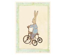 Maileg kaartje Rabbit jongen op zijn fiets