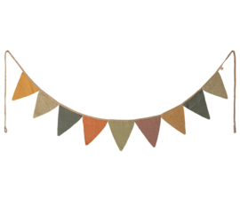 Maileg GARLAND, 9 FLAGS, KNIT - MULTI