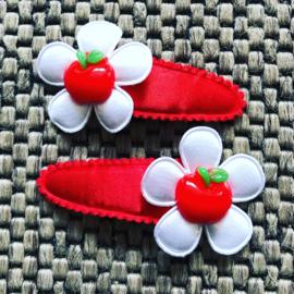 Haarspeldjes rode appel