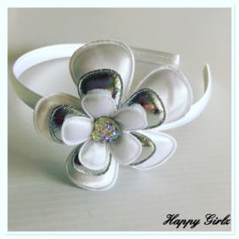 Diadeem met bloem?zilver/wit