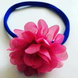 Haarbandje met bloem koningsblauw/framboos
