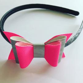 Diadeem:met strik (neon rose/zilver)