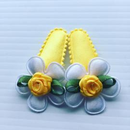 Baby haarspeldjes geel/wit met Roosje