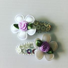 Haarspeldjes zilver/wit/met lila roosje