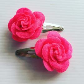 Haarspeldjes met roos.(Neon Rose)
