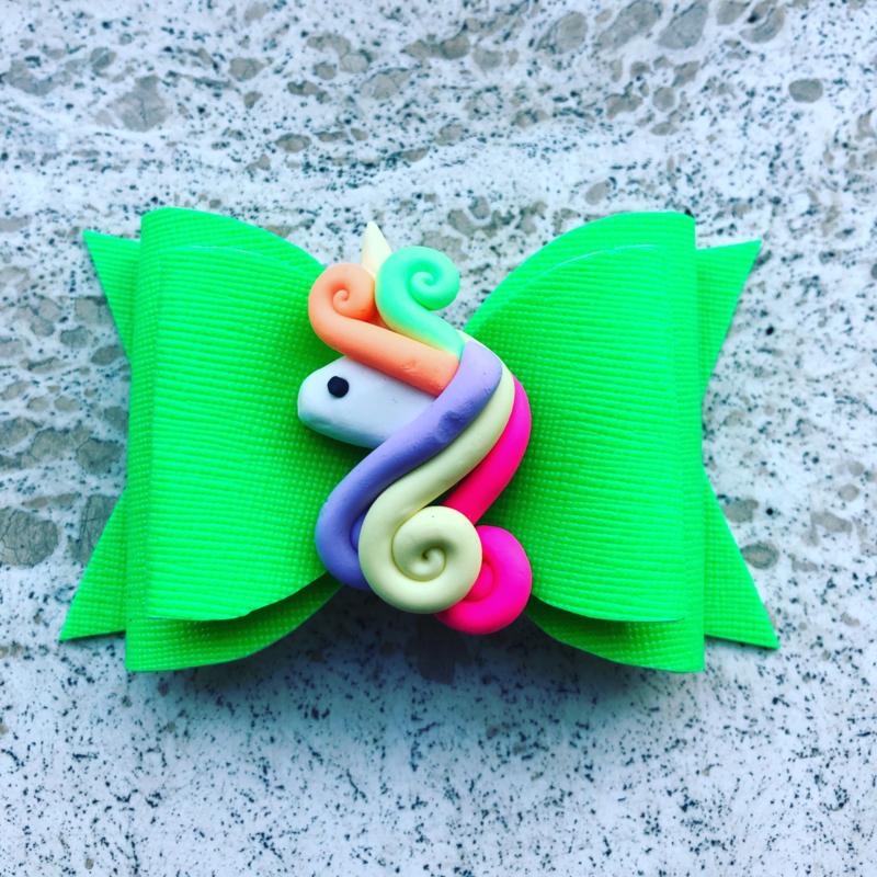 Haarstrik neon groen met unicorn