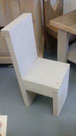 Kinderstoeltje (wit)