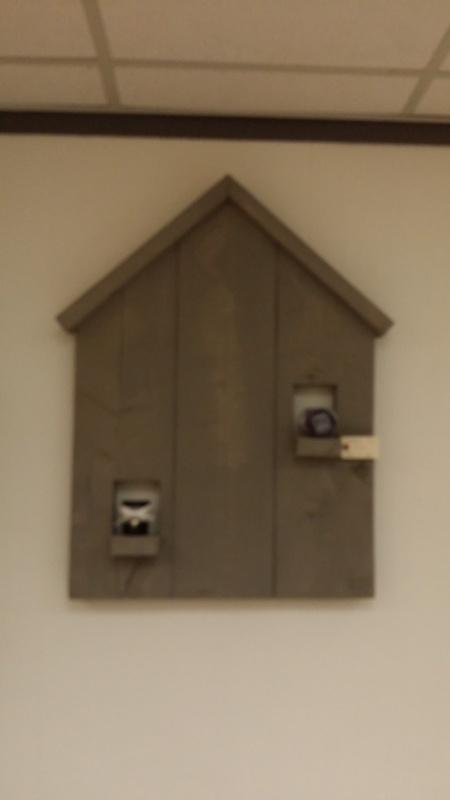 Wandbord huis grey wash
