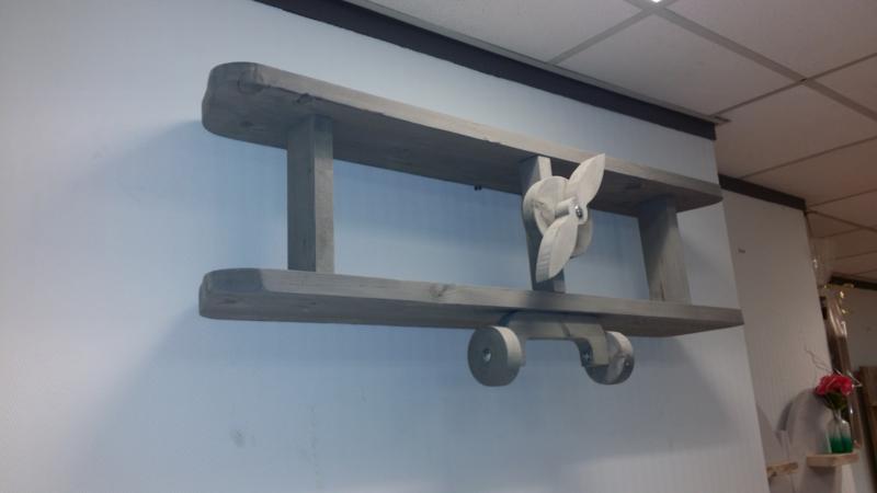 Steigerhouten wandvliegtuig (grijs gebeitst)