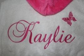 Luxe badjas met capuchon met naam + vlindertje achterkant ( 2-4 jr.)