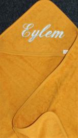 Luxe okergeel- ochre badcape met naam geborduurd
