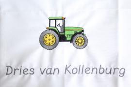 Wieglaken met naam + groene tractor ( John Deere)
