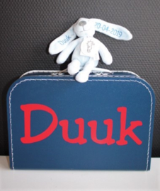 koffertje met naam + knuffelkonijntje met naam + datum