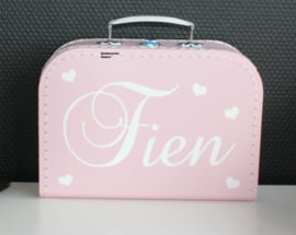 Koffertje met naam + hartjes